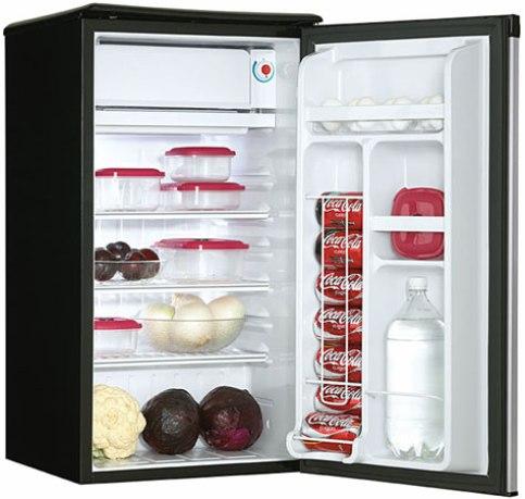 Danby Dcr34bls Counter High Refrigerator 3 2 Cu Ft 90